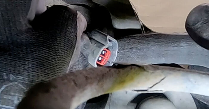 Wie Radlager Ford Focus mk2 Limousine 1.6 TDCi 2003 tauschen - Kostenlose PDF- und Videoanleitungen
