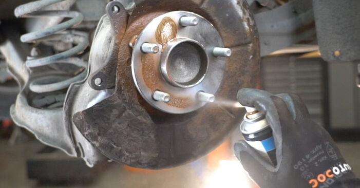 Austauschen Anleitung Radlager am Ford Focus mk2 Limousine 2003 1.6 TDCi selbst