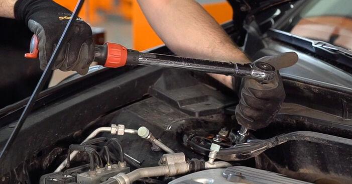 Domlager Honda Accord VIII CU 2.4 i (CU2) 2010 wechseln: Kostenlose Reparaturhandbücher