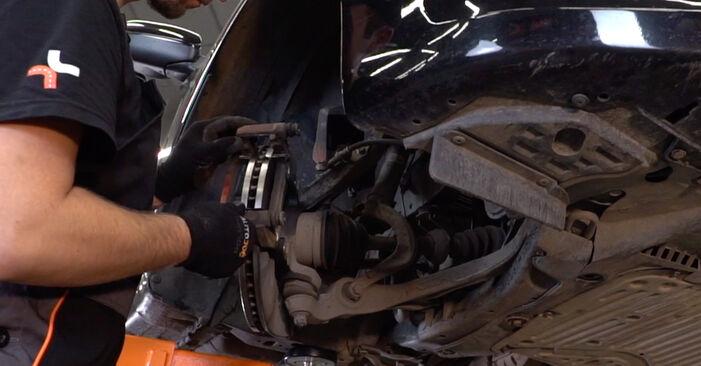 Bremsscheiben beim HONDA ACCORD 2.4 i (CU2) 2015 selber erneuern - DIY-Manual