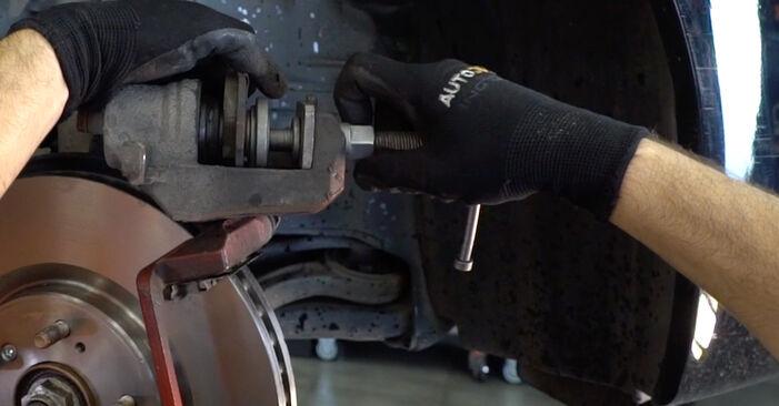 Austauschen Anleitung Bremsscheiben am Honda Accord VIII CU 2018 2.0 i (CU1) selbst