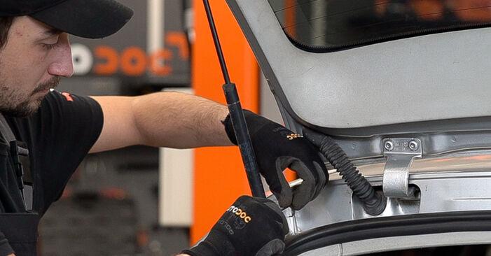 Hvordan man udskifter SKODA Fabia I Combi (6Y5) 1.4 16V 2000 Bagklapsdæmper - trin-for-trin manualer og video vejledninger