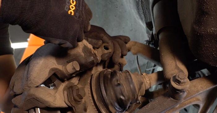 Wie man Bremsschläuche am VW T4 Transporter 1990 ersetzt - Kostenfreie PDF- und Videotipps