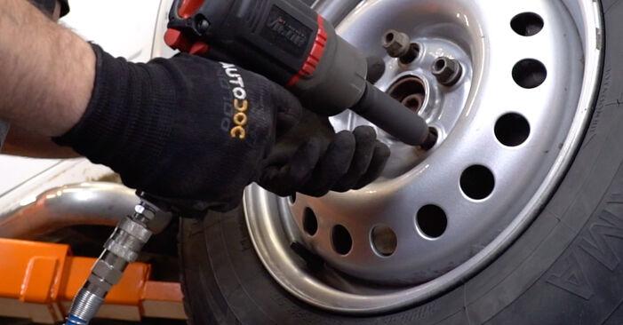 Schrittweise Anleitung zum eigenhändigen Ersatz von VW T4 Transporter 2003 2.5 TDI Syncro Bremsschläuche