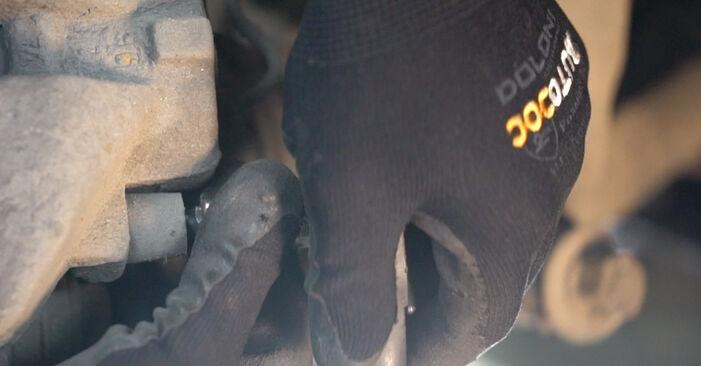 Bremsbeläge beim VW TRANSPORTER 2.4 D 1997 selber erneuern - DIY-Manual