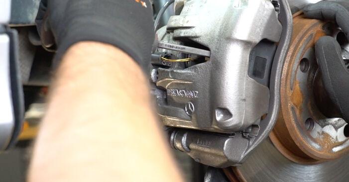 MERCEDES-BENZ E-CLASS E 200 CDI 2.2 (211.007) Brake Pad Wear Sensor replacement: online guides and video tutorials
