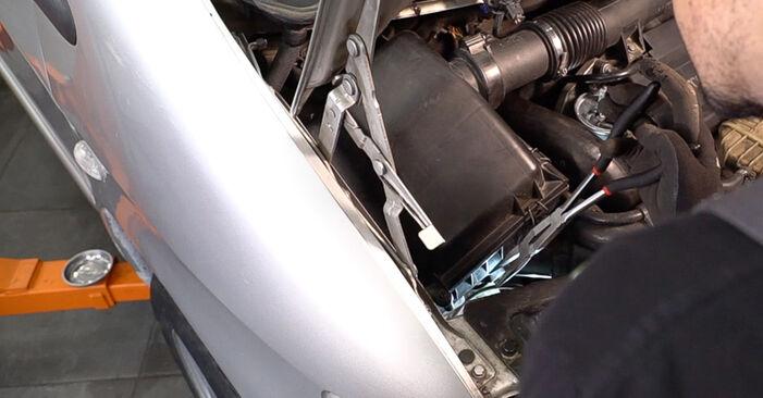 Wechseln Hauptscheinwerfer am MERCEDES-BENZ VITO Bus (638) 110 CDI 2.2 (638.194) 1999 selber
