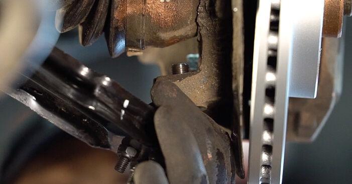 Wie schwer ist es, selbst zu reparieren: Querlenker Fiat Doblo Cargo 1.2 2006 Tausch - Downloaden Sie sich illustrierte Anleitungen