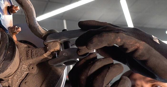 FIAT DOBLO 1.9 JTD Spurstangenkopf ausbauen: Anweisungen und Video-Tutorials online