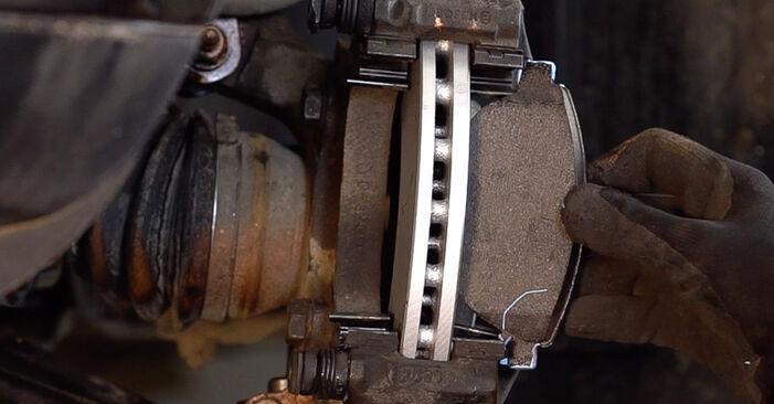 FIAT BRAVA 1.4 T-Jet Bremsscheiben ausbauen: Anweisungen und Video-Tutorials online