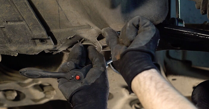 Changing Anti Roll Bar Links on FIAT BRAVO II (198) 1.4 T-Jet 2009 by yourself