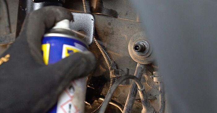 Wie schwer ist es, selbst zu reparieren: Domlager FIAT BRAVO II (198) 1.9 D Multijet 2012 Tausch - Downloaden Sie sich illustrierte Anleitungen