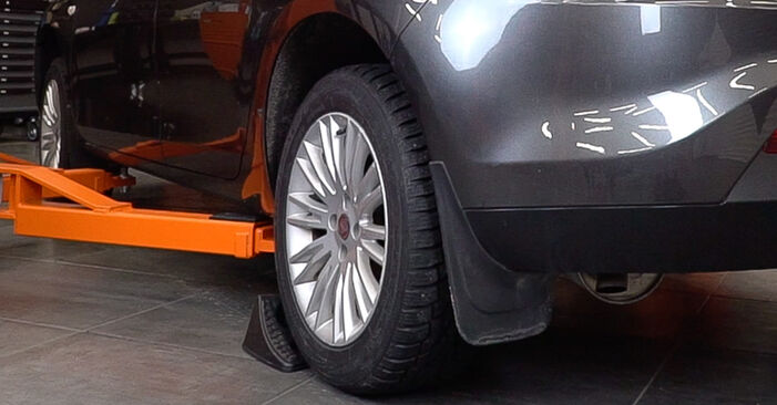How to change Wheel Bearing on FIAT BRAVO II (198) 2006 - free PDF and video manuals