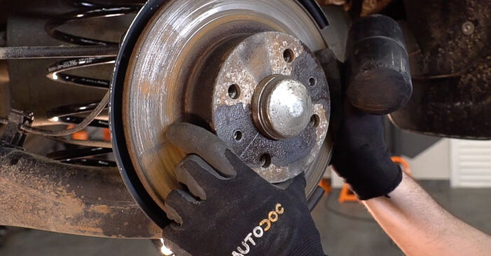 DIY replacement of Wheel Bearing on FIAT BRAVO II (198) 1.4 2020 is not an issue anymore with our step-by-step tutorial