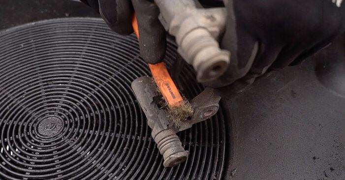 Replacing Wheel Bearing on FIAT BRAVO II (198) 2016 1.9 D Multijet by yourself