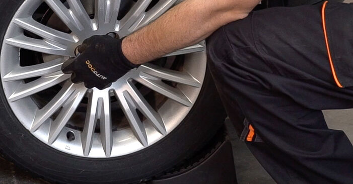 How to remove FIAT BRAVA 1.4 LPG 2010 Wheel Bearing - online easy-to-follow instructions