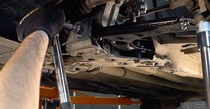 FIAT BRAVA 1.4 Control Arm replacement: online guides and video tutorials