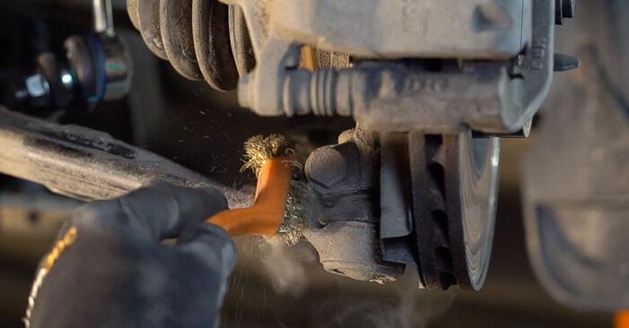 FIAT BRAVA 2013 Draagarm stap voor stap instructies voor vervanging