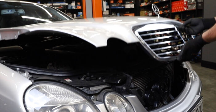 How to change Air Filter on Mercedes W211 2002 - free PDF and video manuals