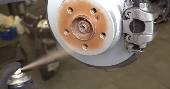How to change Shock Absorber on MERCEDES-BENZ E-Class Saloon (W211) 2006 - tips and tricks