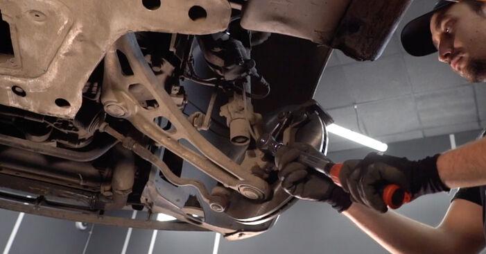 Bremsscheiben Ihres BMW 3 Touring (E46) 330xi 3.0 1998 selbst Wechsel - Gratis Tutorial
