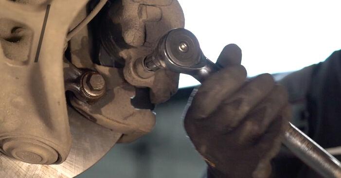 Tausch Tutorial Bremsscheiben am BMW 3 Touring (E46) 2002 wechselt - Tipps und Tricks