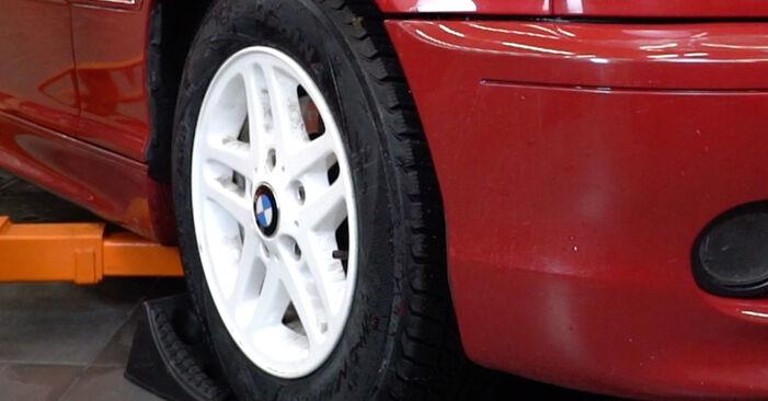 Wie Bremsbeläge BMW 3 Cabrio (E46) 320Ci 2.2 1999 austauschen - Schrittweise Handbücher und Videoanleitungen