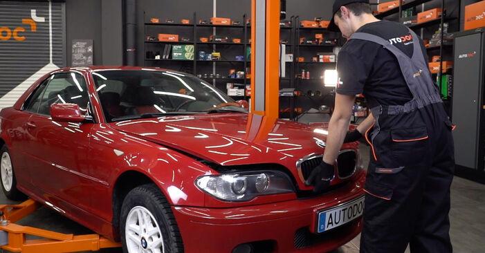 3 Cabrio (E46) 323Ci 2.5 2001 320Ci 2.2 Bremsbeläge - Handbuch zum Wechsel und der Reparatur eigenständig