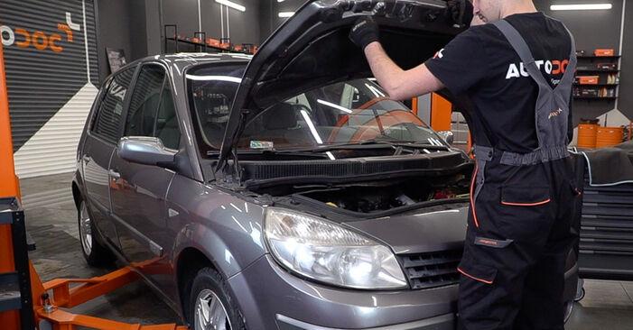 Hogyan Renault Scenic 2 2003 Fékbetét cseréje - ingyenes PDF és videó-útmutatók