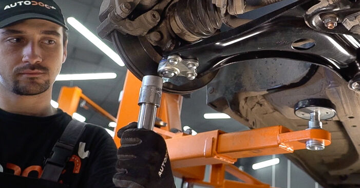 Changing Control Arm on PEUGEOT 208 I Hatchback (CA_, CC_) 1.6 BlueHDi 100 2015 by yourself