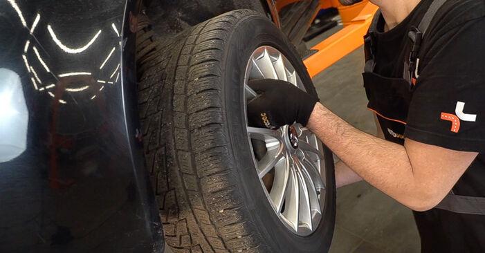 Wie man Bremsbeläge am ALFA ROMEO 159 Sportwagon (939) 2010 wechselt – Laden Sie sich PDF-Wegleitungen und Videoanweisungen herunter