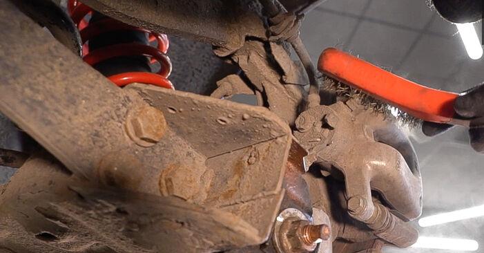 Wie kompliziert ist es, selbst zu reparieren: Bremsbeläge am Alfa Romeo 159 Sportwagon 1.8 TBi 2011 ersetzen – Laden Sie sich illustrierte Wegleitungen herunter