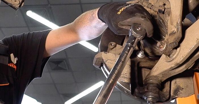 Πόσο διαρκεί η αντικατάσταση: Δισκόπλακα στο Alfa Romeo 159 Sportwagon 2005 - ενημερωτικό εγχειρίδιο PDF