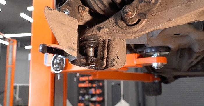 Αλλάζοντας Ρουλεμάν τροχών σε ALFA ROMEO 159 Sportwagon (939) 1.9 JTDM 8V 2008 μόνοι σας