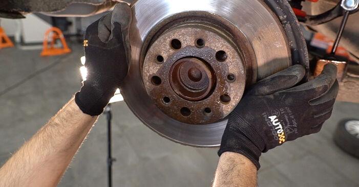 Csináld magad ALFA ROMEO 159 Sportwagon (939) 2.0 JTDM 2011 Kerékcsapágy csere - online útmutató