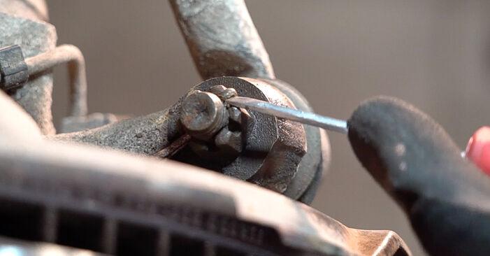 Wie schwer ist es, selbst zu reparieren: Spurstangenkopf Toyota Prado J120 3.0 D 2008 Tausch - Downloaden Sie sich illustrierte Anleitungen