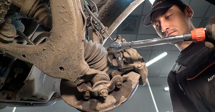 Bremsscheiben beim TOYOTA LAND CRUISER 4.0 (GRJ12) 2009 selber erneuern - DIY-Manual