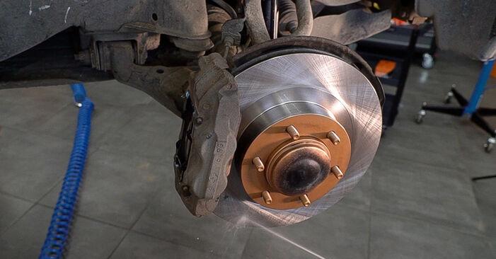 Zweckdienliche Tipps zum Austausch von Bremsscheiben beim TOYOTA LAND CRUISER (KDJ12_, GRJ12_) 3.0 D 2007