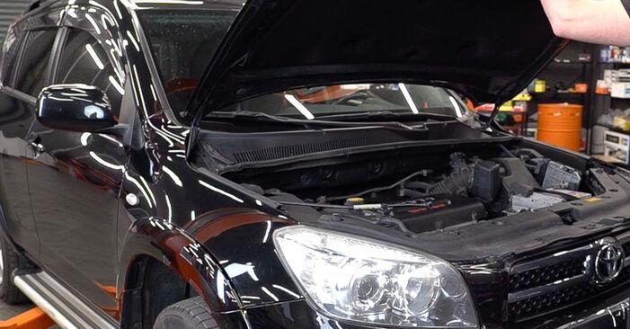 Hogyan Toyota RAV4 III 2005 Fékbetét cseréje - ingyenes PDF és videó-útmutatók