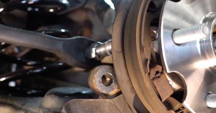 Como remover TOYOTA RAV4 2.0 (ZSA35_) 2009 Rolamento da Roda - instruções online fáceis de seguir