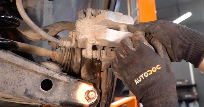 Como trocar Rolamento da Roda no TOYOTA RAV 4 III (ACA3_, ACE_, ALA3_, GSA3_, ZSA3_) 2008 - dicas e truques