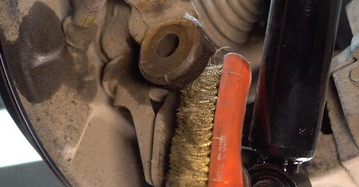 Substituição de Toyota RAV4 III 2.0 4WD (ACA30_) 2007 Braço De Suspensão: manuais gratuitos de oficina