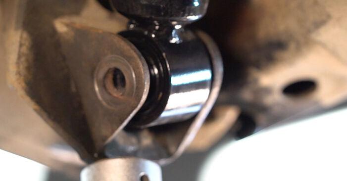 Quão difícil é efetuar a substituição de Braço De Suspensão no Toyota RAV4 III 2.0 4WD 2011 por si mesmo - descarregue o guia ilustrado