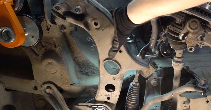 Come sostituire TOYOTA RAV 4 III (ACA3_, ACE_, ALA3_, GSA3_, ZSA3_) 2.2 D 4WD (ALA30_) 2006 Braccio Oscillante - manuali passo passo e video guide