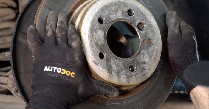 Bremsscheiben am BMW 3 Coupe (E92) M3 4.0 2009 wechseln – Laden Sie sich PDF-Handbücher und Videoanleitungen herunter