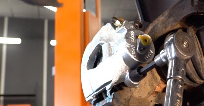 Bremssattel Golf 4 1.6 16V 1999 wechseln: Kostenlose Reparaturhandbücher