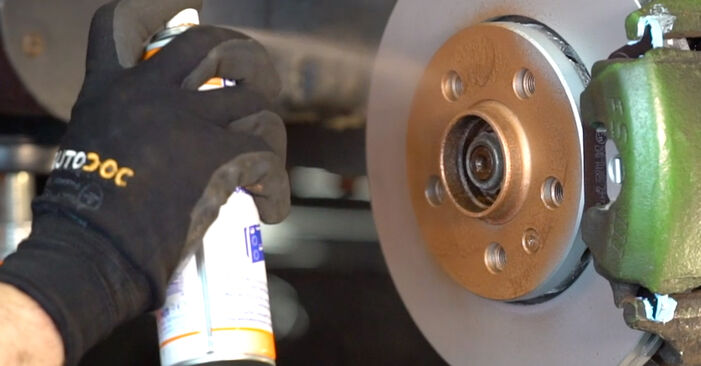 Manualul de atelier pentru înlocuirea de sine stătătoare Golf IV Hatchback (1J1) 1.8 T 1999 Brat Suspensie