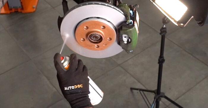 Cum să schimbați Brat Suspensie la VW Golf IV Hatchback (1J1) 2000 - sfaturi și trucuri utile