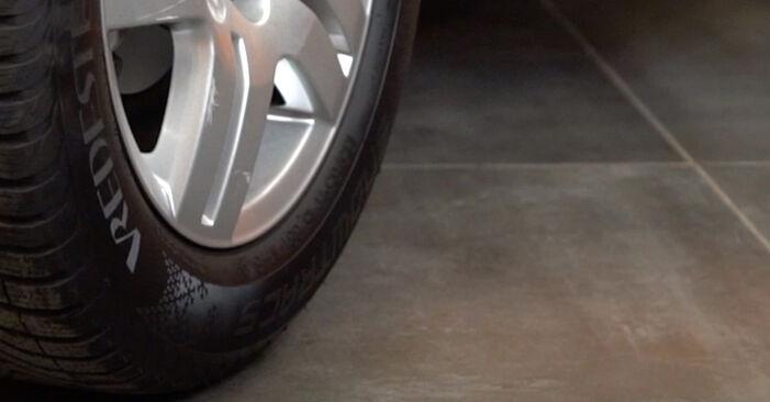 Vaihtaa Jarrupalat itse VW Golf IV Hatchback (1J1) 1.9 TDI 2000 -autoon