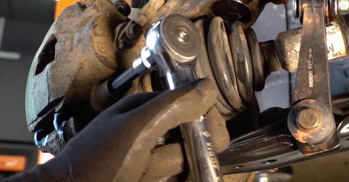 Wie man VW GOLF 1.8 T 2001 Bremsscheiben austauscht - Eingängige Anweisungen online